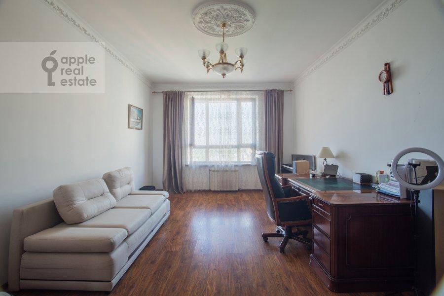 Children's room / Cabinet of the 4-room apartment at Minskaya ulitsa 1gk2