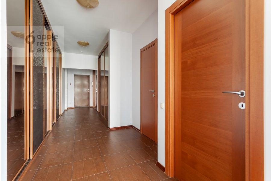 Corridor of the 2-room apartment at Nezhinskaya ulitsa 1k3