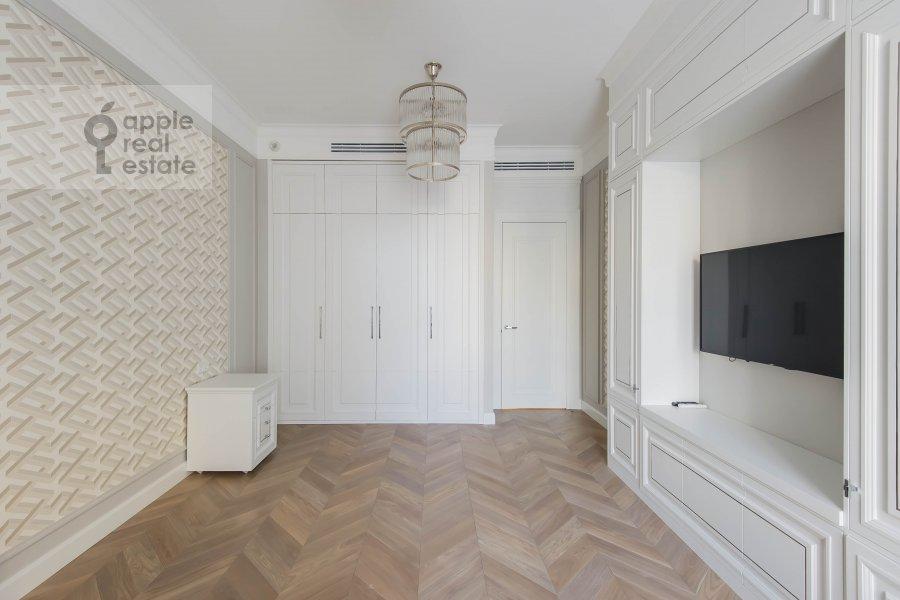 Детская комната / Кабинет в 5-комнатной квартире по адресу Нащокинский переулок 7