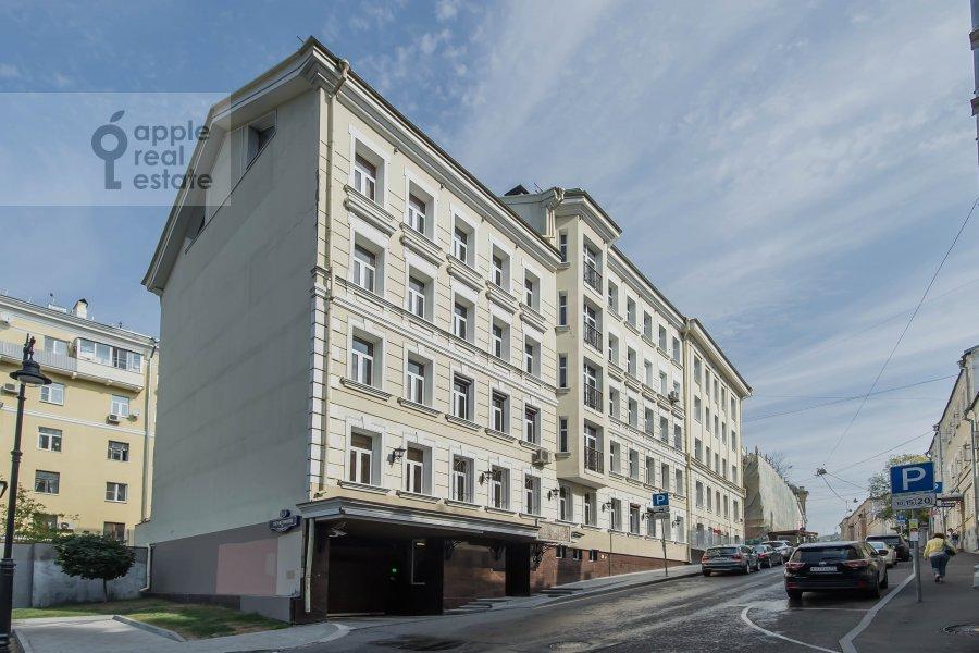 Фото дома 5-комнатной квартиры по адресу Печатников пер. 3с1