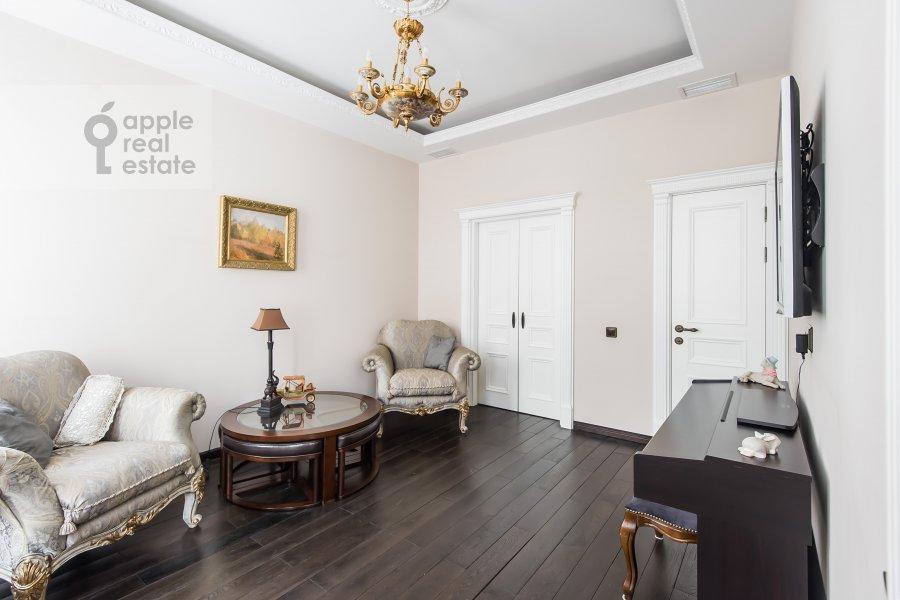 Детская комната / Кабинет в 5-комнатной квартире по адресу Печатников пер. 3с1