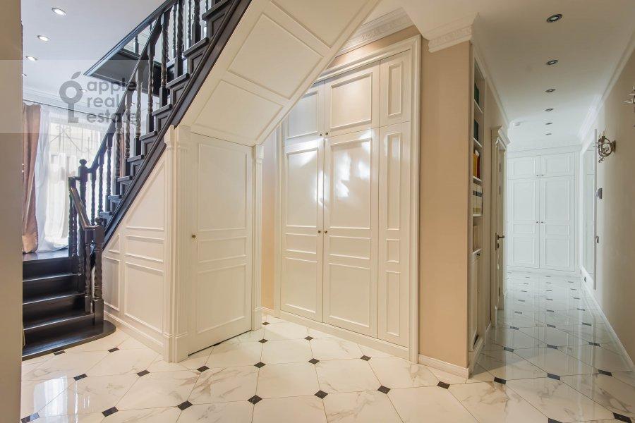 Коридор в 5-комнатной квартире по адресу Печатников пер. 3с1