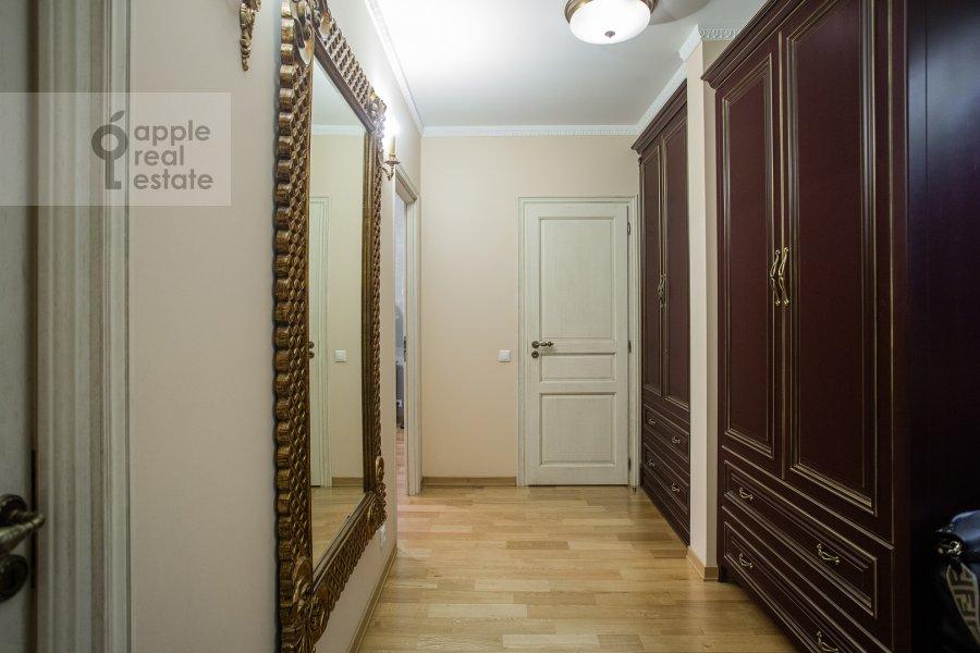 Corridor of the 3-room apartment at Ruzheynyy per. 3