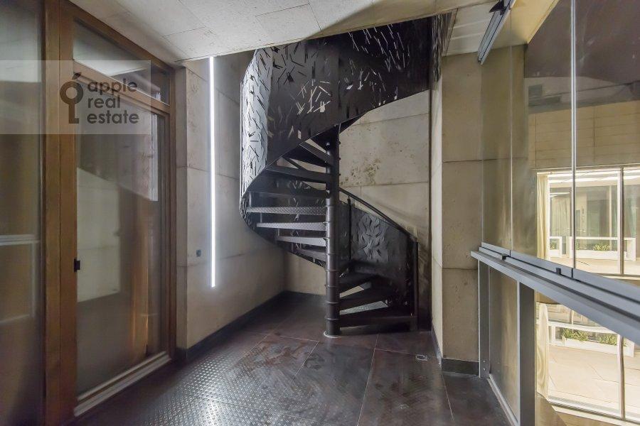 Балкон / Терраса / Лоджия в 6-комнатной квартире по адресу Коробейников переулок 1