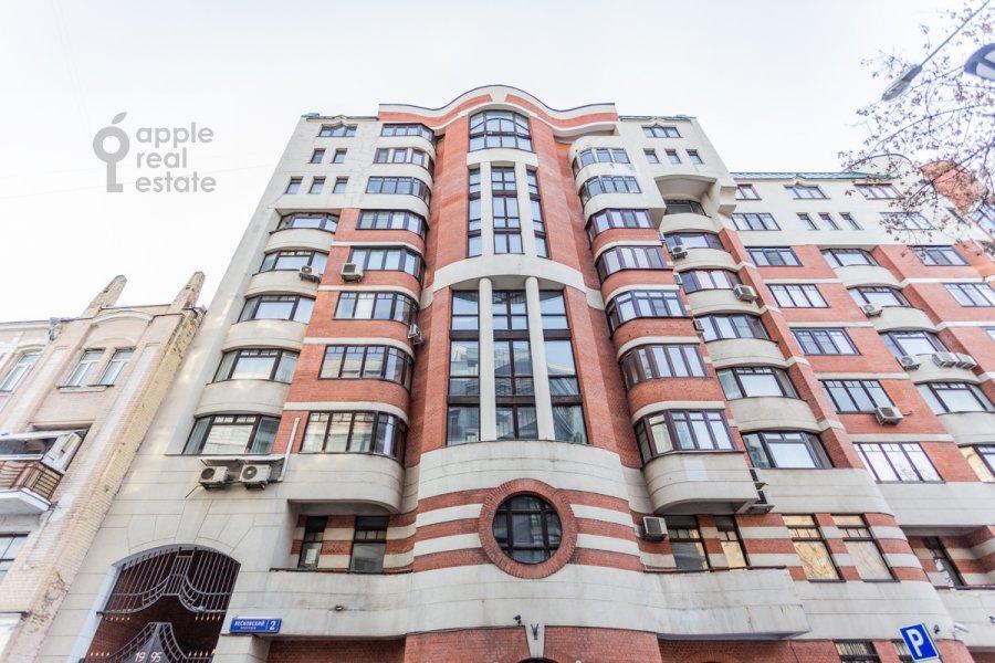 Фото дома 5-комнатной квартиры по адресу Весковский пер. 2