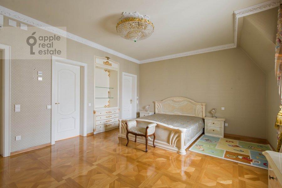 Спальня в 4-комнатной квартире по адресу Малый Николопесковский переулок 4