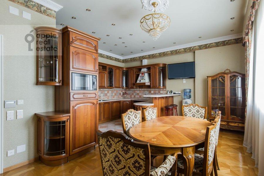 Кухня в 4-комнатной квартире по адресу Малый Николопесковский переулок 4
