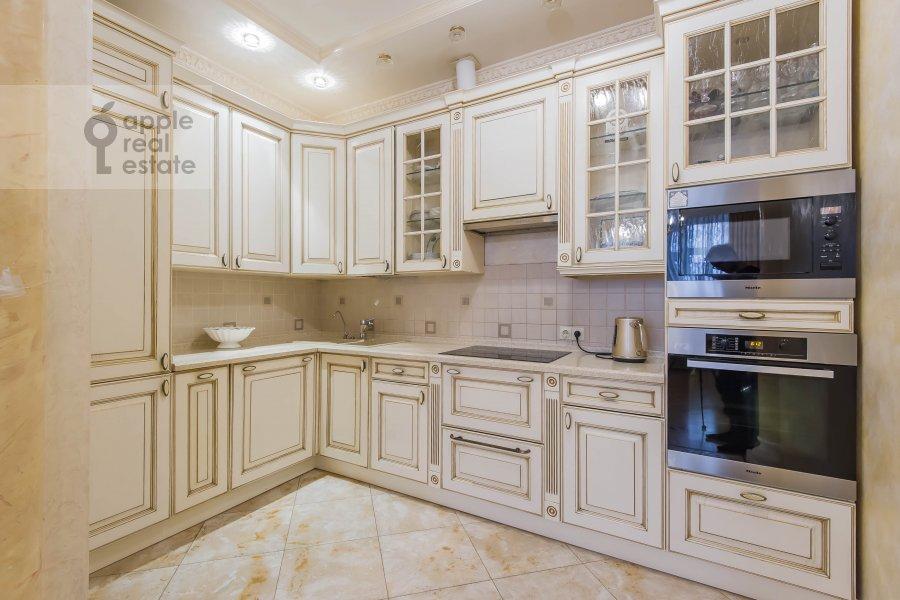 Kitchen of the 5-room apartment at Aviatsionnaya ul. 77Bk5