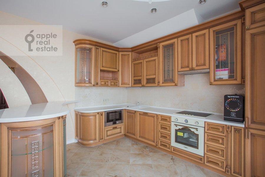 Кухня в 3-комнатной квартире по адресу Шмитовский проезд 16стр1