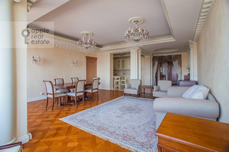 Гостиная в 3-комнатной квартире по адресу Ленинградский проспект 76к1