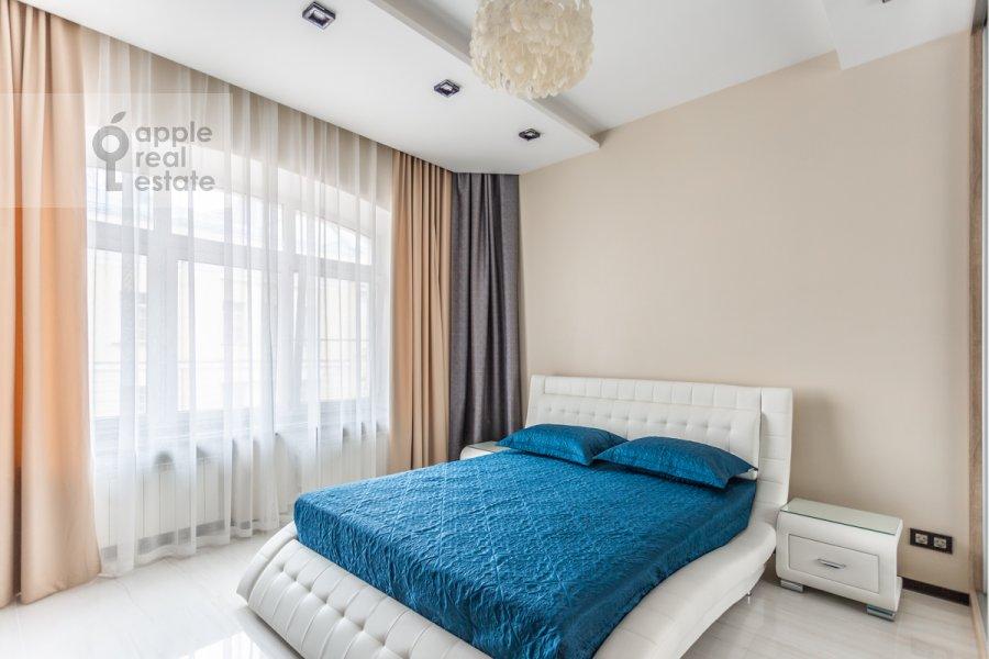 Спальня в 4-комнатной квартире по адресу Арбат 30/2стр.1