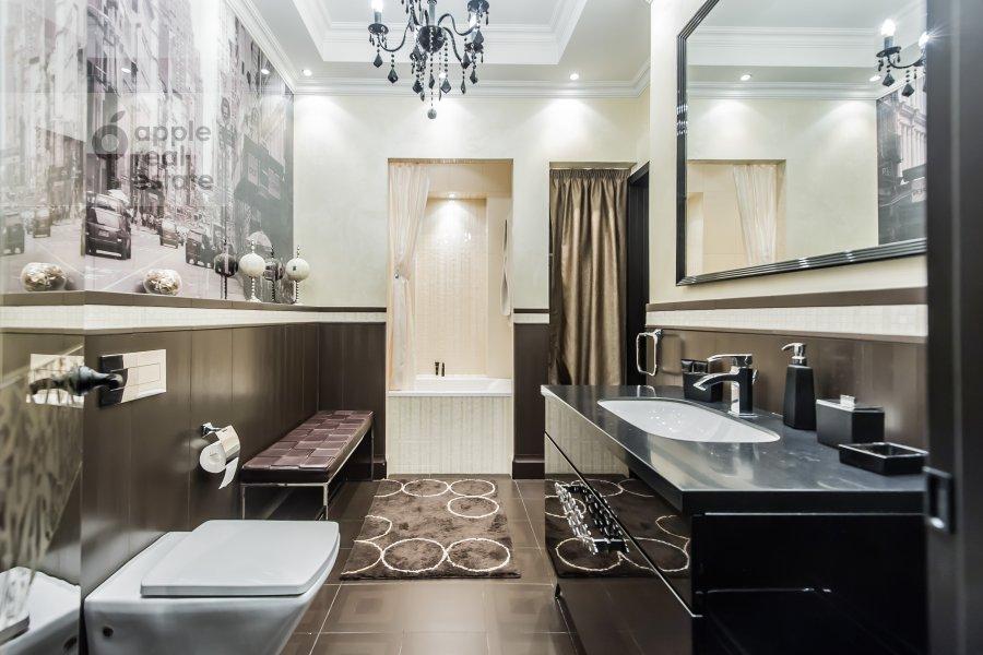 Bathroom of the 2-room apartment at Malaya Polyanka 2