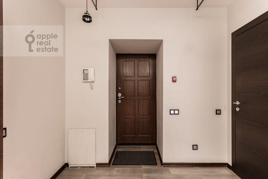 Коридор в 2-комнатной квартире по адресу Нежинская 1к3