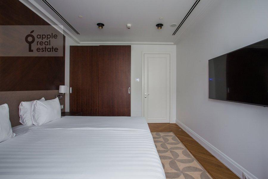 Спальня в 3-комнатной квартире по адресу Охотный Ряд 2