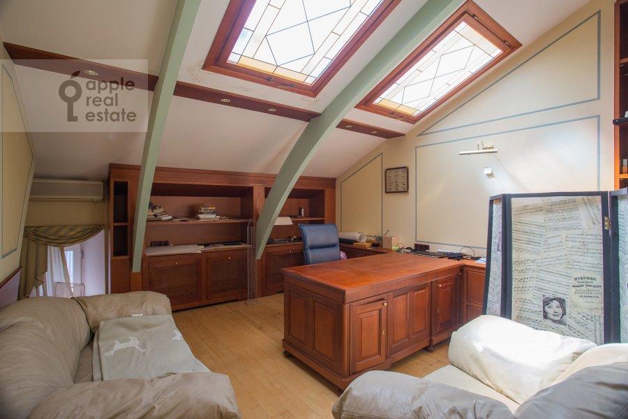 Children's room / Cabinet of the 4-room apartment at Myasnitskaya ulitsa 24/7s1