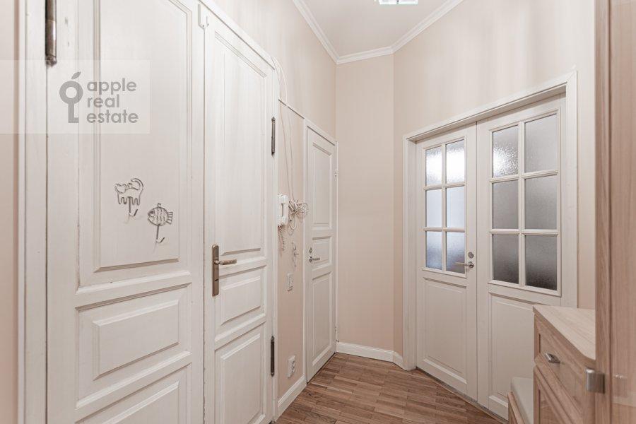 Corridor of the 4-room apartment at Bol'shoy Patriarshiy pereulok 4