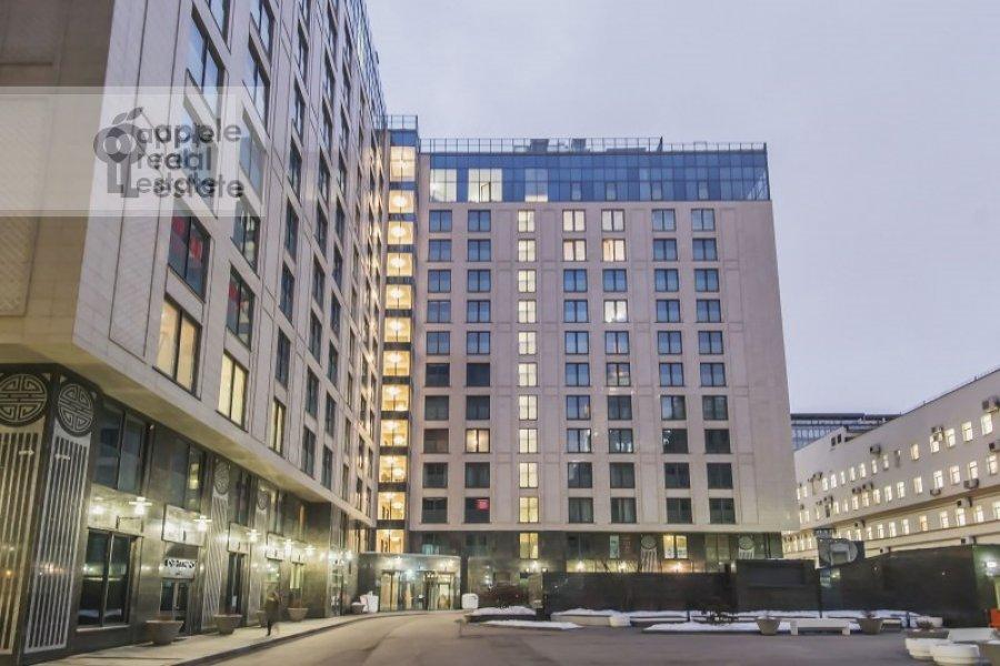 Фото дома 2-комнатной квартиры по адресу Большая Садовая ул. 5к1