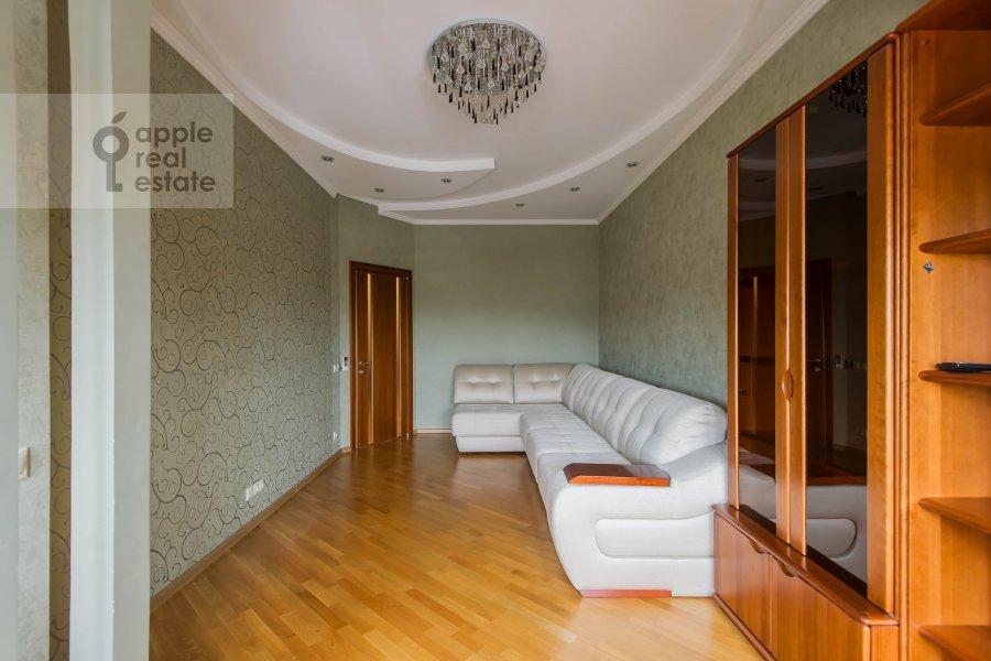 Children's room / Cabinet of the 3-room apartment at Leningradskiy prospekt 76k2