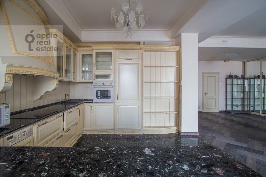 Кухня в 4-комнатной квартире по адресу Большая Якиманка 22к3