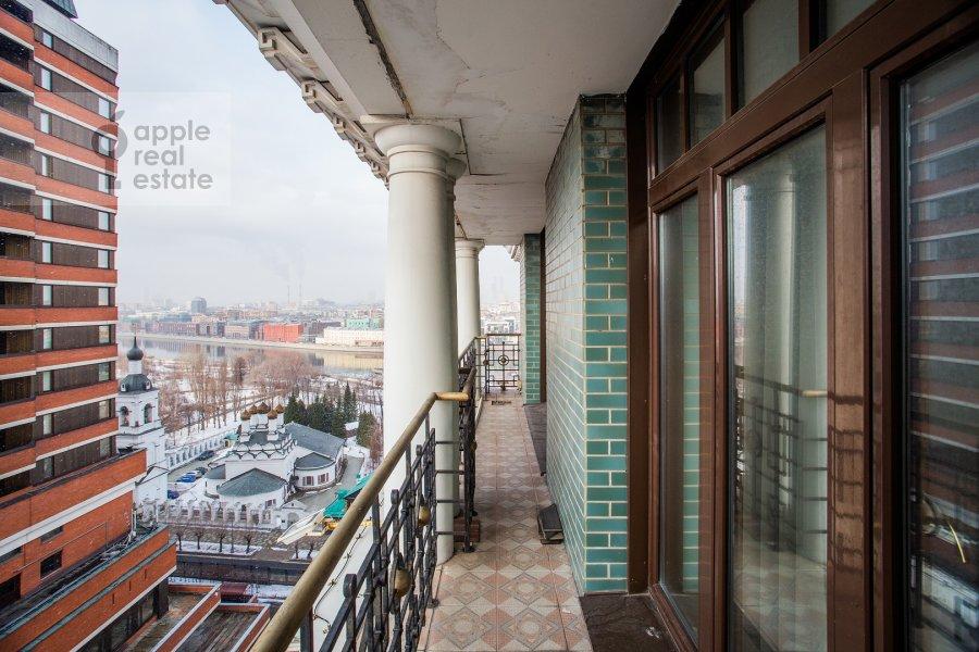 Балкон / Терраса / Лоджия в 4-комнатной квартире по адресу Большая Якиманка 22к3