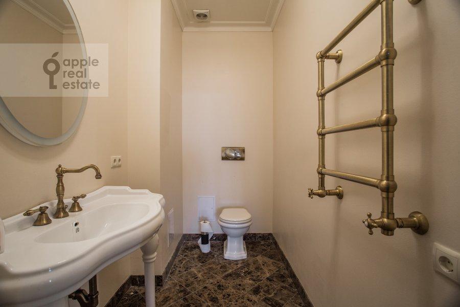 Санузел в 4-комнатной квартире по адресу Большая Якиманка 22к3
