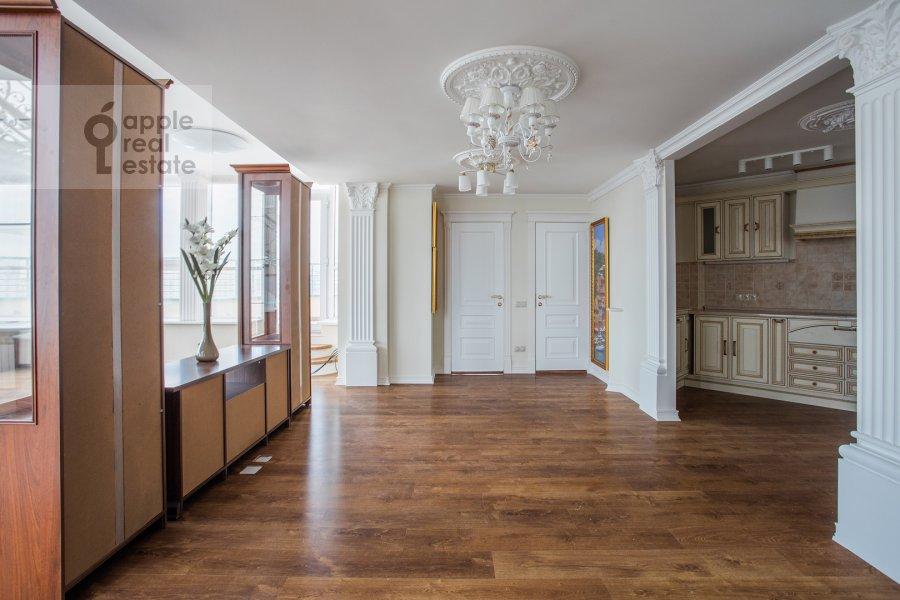 Kitchen of the 5-room apartment at Minskaya ul. 1gk1