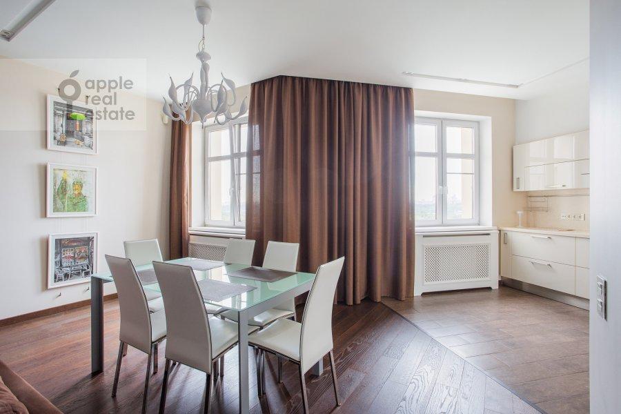 Kitchen of the 2-room apartment at prospekt Marshala Zhukova 78
