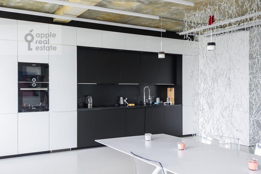Кухня в 3-комнатной квартире по адресу проспект Мира 188Бк4