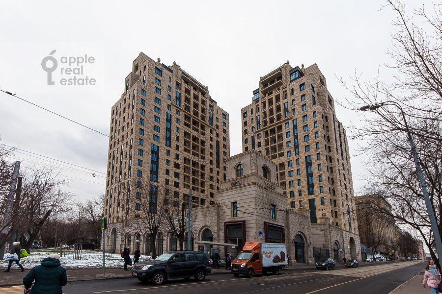 Фото дома 4-комнатной квартиры по адресу Орджоникидзе 1