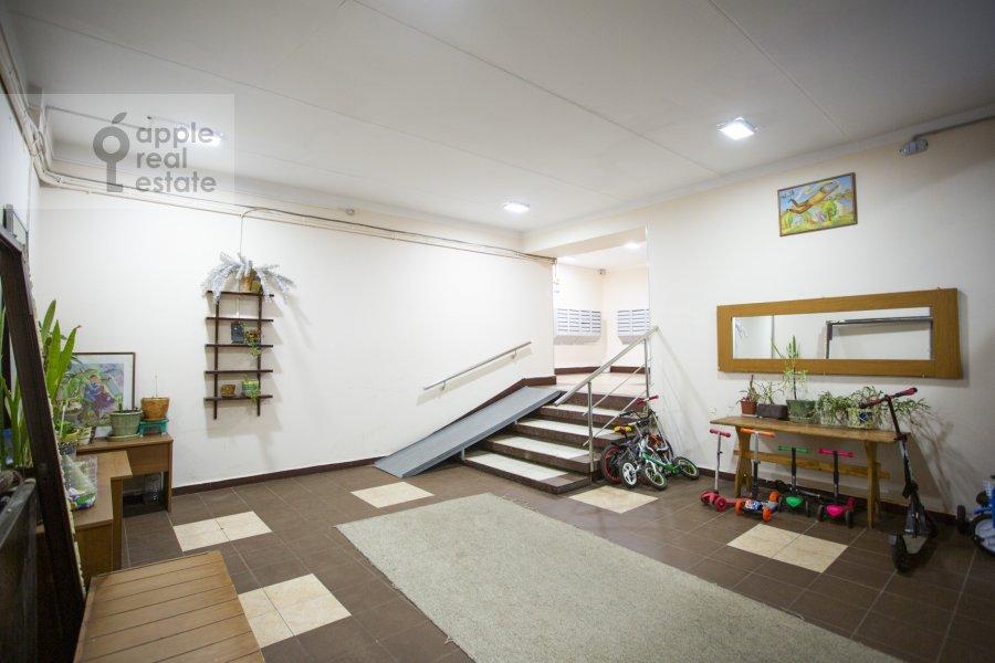 Photo of the house of the 4-room apartment at Tarasa Shevchenko nab. 3k3