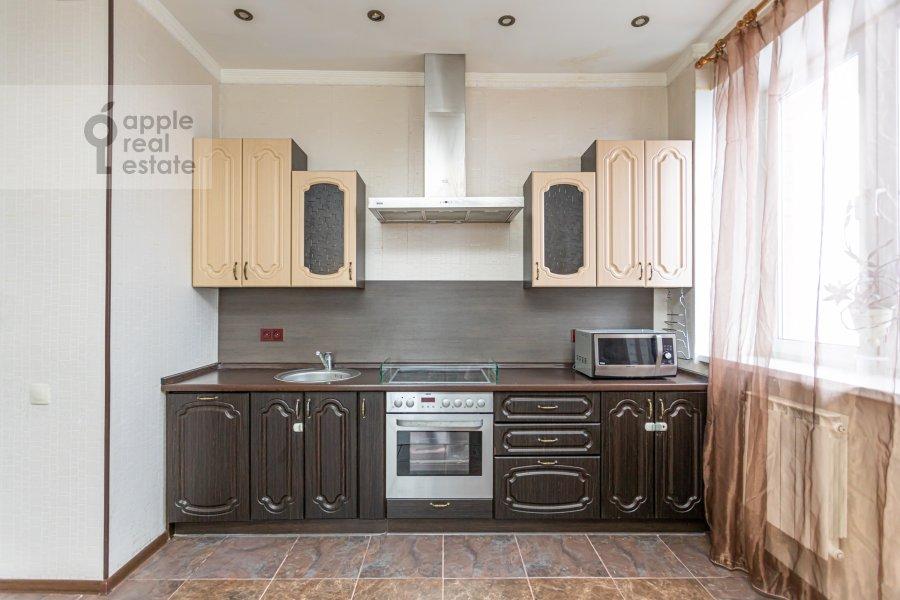 Кухня в 2-комнатной квартире по адресу Веерная улица 2