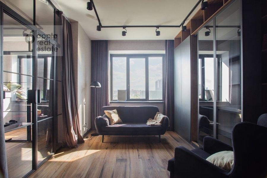 Children's room / Cabinet of the 4-room apartment at Leningradskiy prospekt 35S2