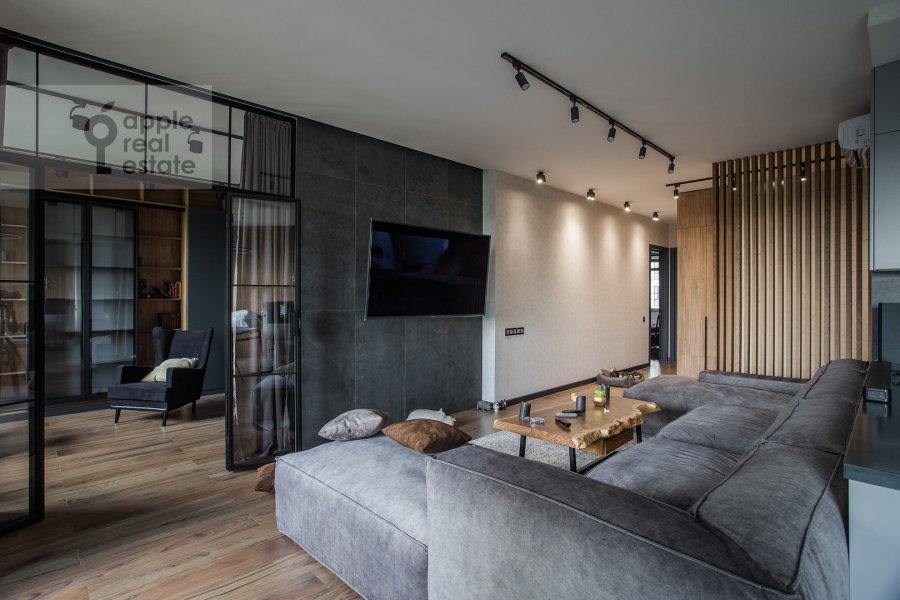 Living room of the 4-room apartment at Leningradskiy prospekt 35S2