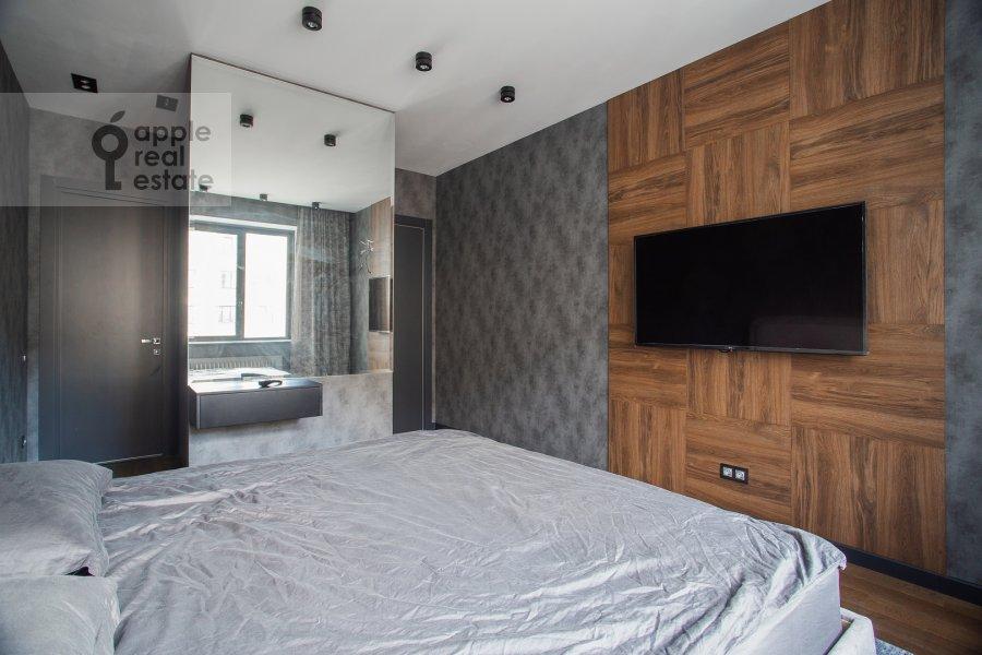 Bedroom of the 4-room apartment at Leningradskiy prospekt 35S2