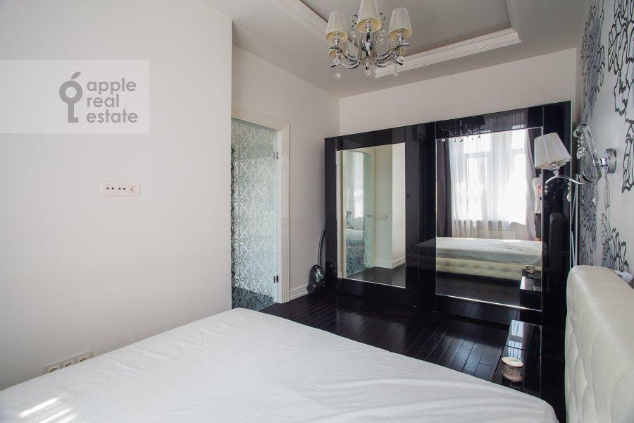 Спальня в 2-комнатной квартире по адресу Просвирин переулок 15