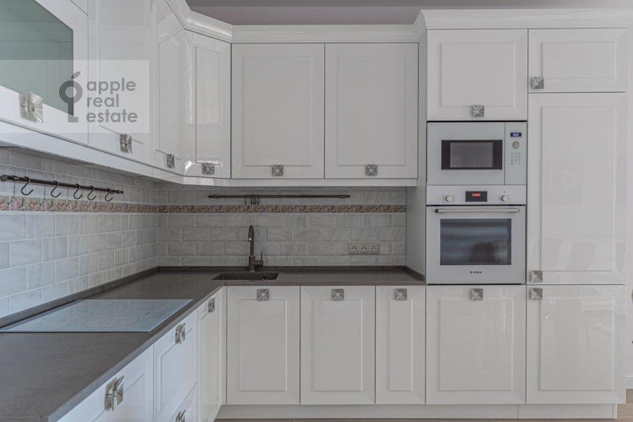 Kitchen of the 3-room apartment at Bol'shaya Sadovaya ulitsa 5k1