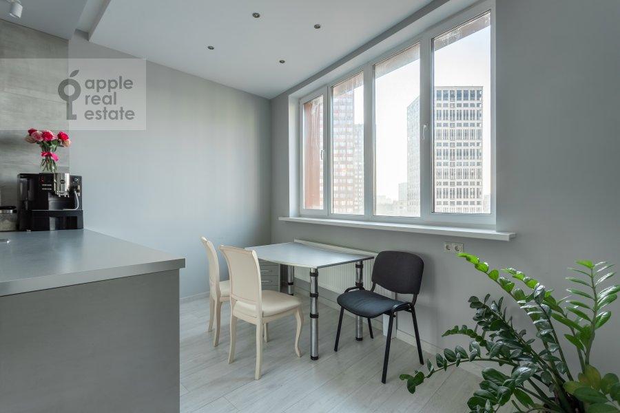 Кухня в 2-комнатной квартире по адресу Профсоюзная ул. 64к2