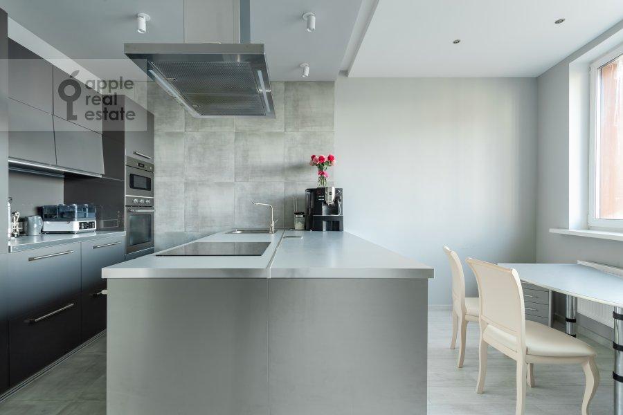 Kitchen of the 2-room apartment at Profsoyuznaya ul. 64k2