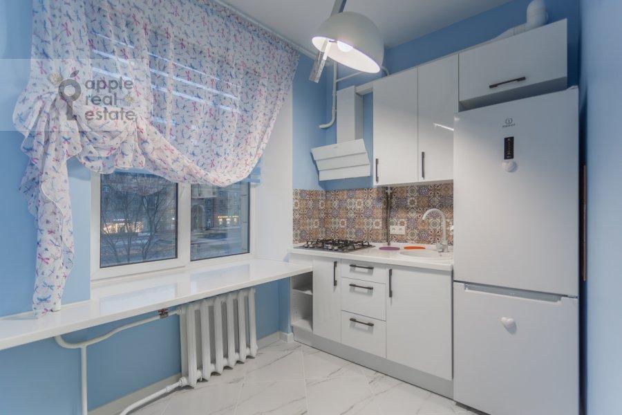Кухня в 2-комнатной квартире по адресу Кутузовский проспект 30