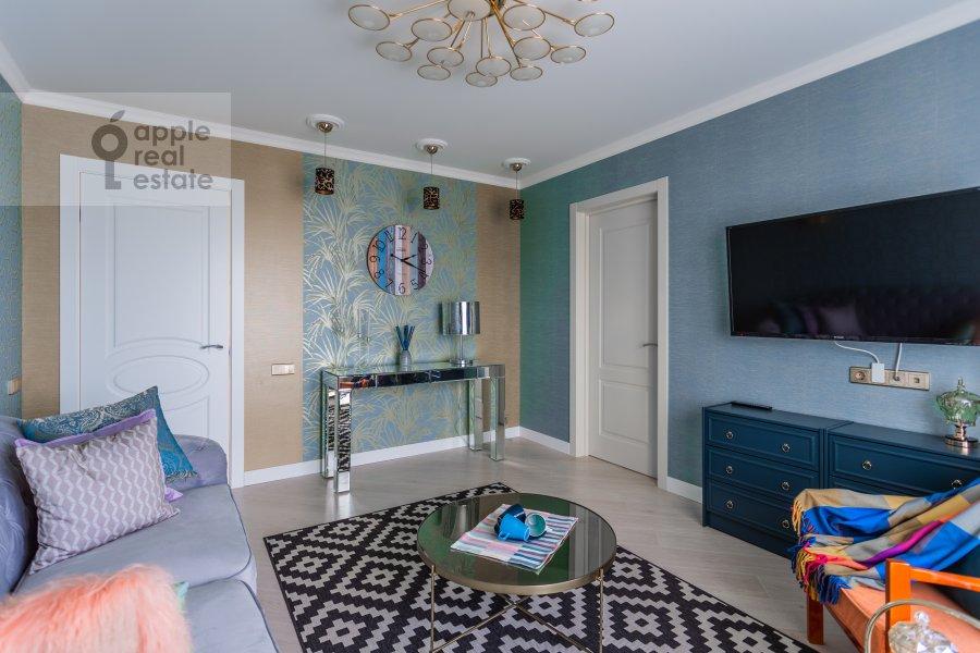 Living room of the 3-room apartment at Kutuzovskiy prospekt 22k2