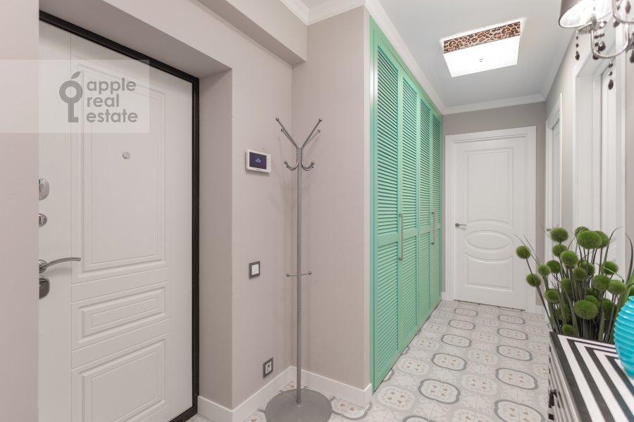 Corridor of the 3-room apartment at Kutuzovskiy prospekt 22k2