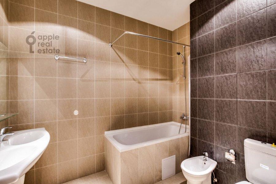 Санузел в 3-комнатной квартире по адресу Ленинградское шоссе 37к1