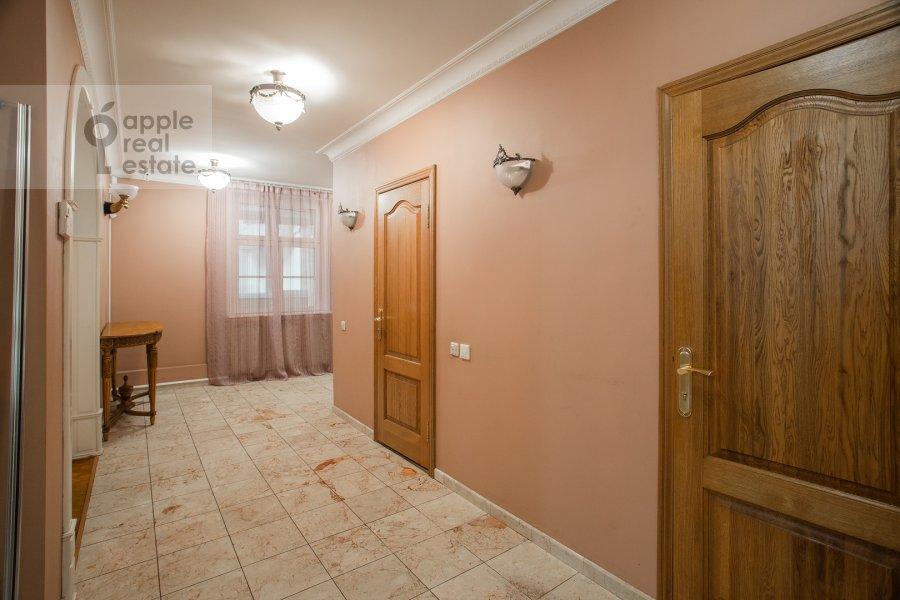 Corridor of the 4-room apartment at Tsvetnoy bul. 16/1