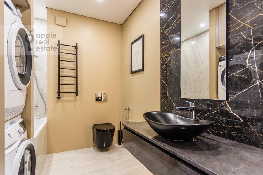 Bathroom of the 3-room apartment at Leninskiy pr-t. 95B