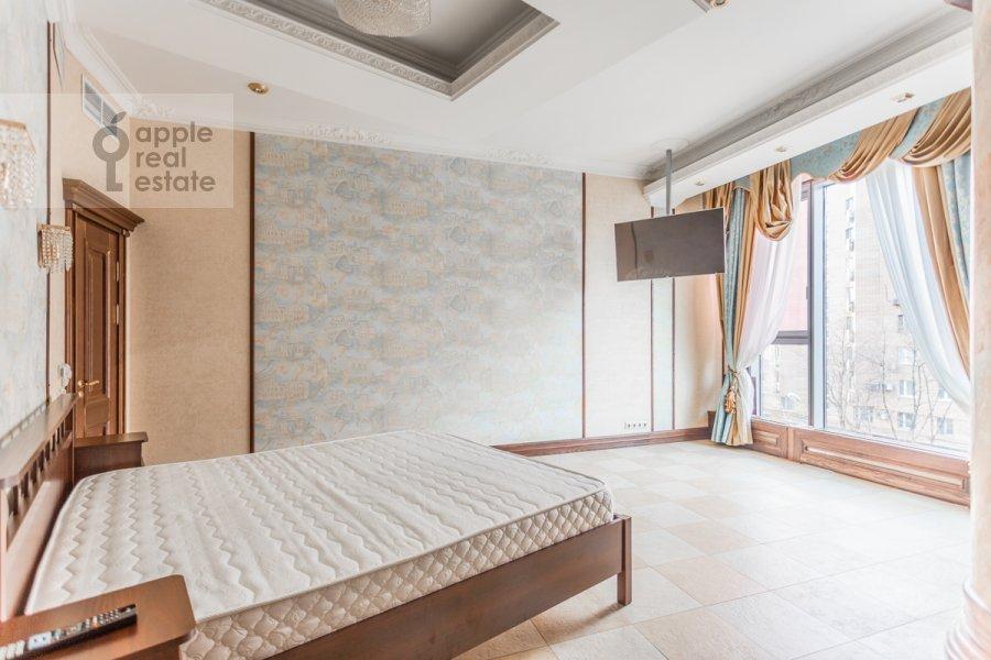 Bedroom of the 3-room apartment at Bol'shaya Gruzinskaya ulitsa 69