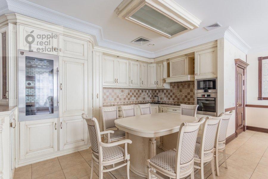 Kitchen of the 3-room apartment at Bol'shaya Gruzinskaya ulitsa 69