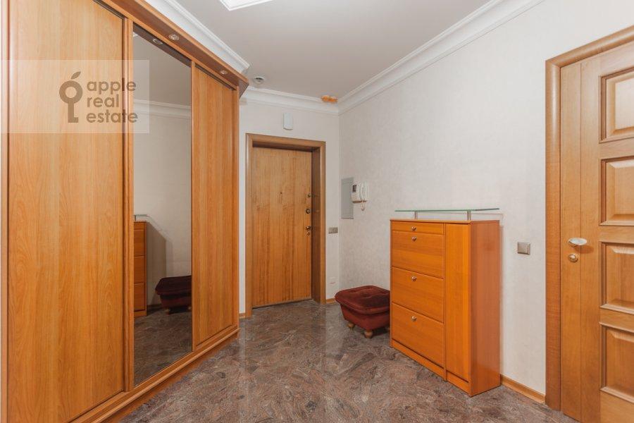 Corridor of the 2-room apartment at 1-y Smolenskiy pereulok 17