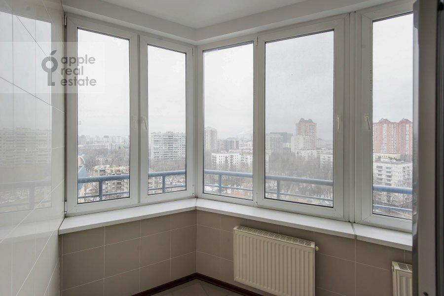 Balcony / Terrace / Loggia of the 5-room apartment at Leninskiy prospekt 106k1