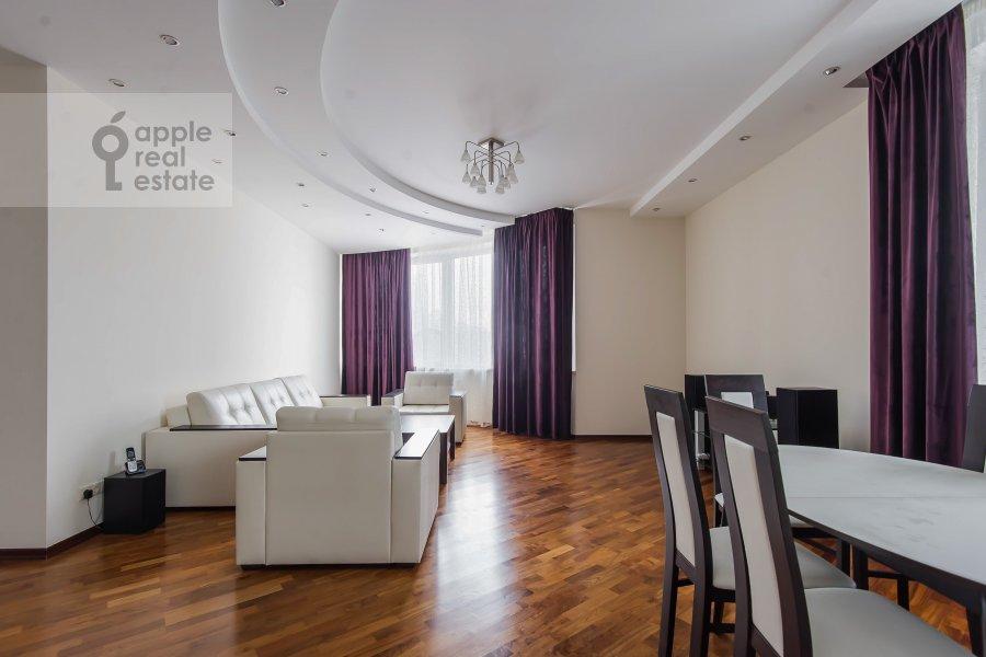Living room of the 5-room apartment at Leninskiy prospekt 106k1
