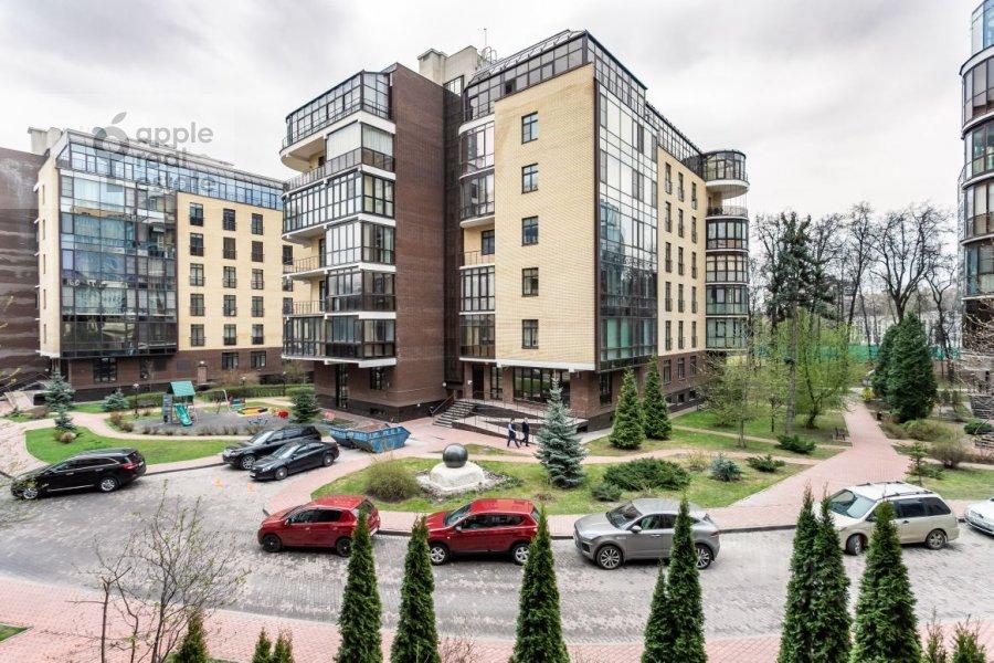 Вид из окна в 5-комнатной квартире по адресу Староволынская ул. 15к5